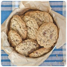 Oat and Sultana Cookies - Vagabond Baker Oat Cookie Recipe, Oatmeal Cookie Recipes, Oatmeal Cookies, No Bake Cookies, Yummy Cookies, Chocolate Oat Cookies, Chocolate Oats, Yummy Food, Tasty