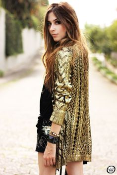 Love the metallic cardigan! #HowTo #Metallic