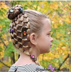 33 Rustic Halloween Hair Style Ideas That Will Amaze You Baby Girl Hairstyles, Hairstyles For School, Braided Hairstyles, Wacky Hair Days, Crazy Hair Days, Holiday Hairstyles, Halloween Hairstyles, Wedding Hairstyles, Girl Hair Dos