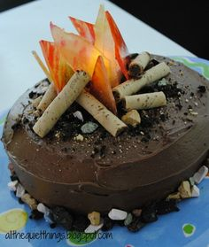 CAMPFIRE FOOD | Campfire Cake | Fun Food Ideas