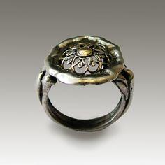 Delight Ring