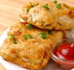 Hake recipe stuffed with seafood Chicken Salad Recipes, Fish Recipes, Seafood Recipes, Empanadas, Pescado Recipe, Spanish Tapas, International Recipes, Bon Appetit, Food To Make