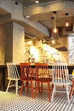 Torimen is a new restaurant in Sheung Wan. It focusses on ramen and the traditional Japanese yakitori.
