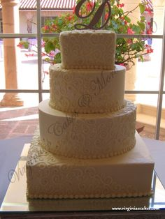 cant decide between round or square cake ?......ill take both !