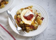 Skillet breakfast potatoes -easy, delicious and family friendly. Potato lovers will go crazy over these!