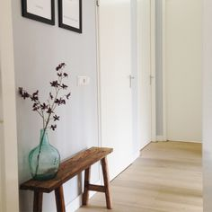 Furnishing small landing / hall with wooden bench and city maps on the wall. Live Edge Console Table, Interior Design Living Room Warm, Hallway Inspiration, Recycled Furniture, White Houses, Beautiful Space, New Room, Sweet Home, Bedroom Decor