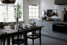 Kitchen Paint, Kitchen Dining, Dining Area, Dining Room, Pure Beauty, Great Rooms, Beautiful Homes, Elsa, Pure Products