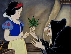 Memes Funny Disney Snow White New Ideas Funny Disney Cartoons, Humor Disney, Cartoon Memes, Funny Memes, Dark Disney, Cute Disney, Disney Art, Disney Wallpaper, Cartoon Wallpaper