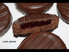 Algerian Recipes, Algerian Food, Cookout Food, Biscuits, Desert Recipes, Chocolate Cake, Caramel, Deserts, Food And Drink