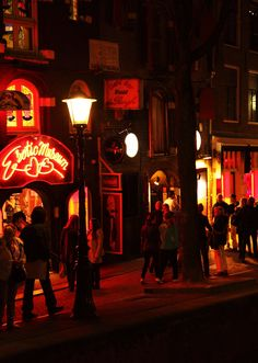 I've never stepped into a red light district before, until I got to Amsterdam's 'De Wallen'. Prostitution is legal here & it all seemed… 'normal'. | via http://iAmAileen.com/amsterdam-first-time-red-light-district/ #travel #redlight