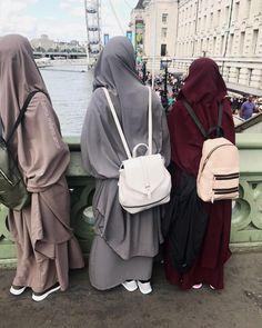 Someday i and my bestie insya allah Hijab Niqab, Muslim Hijab, Hijab Chic, Hijab Outfit, Arab Girls Hijab, Muslim Girls, Muslim Women, Muslim Couples, Niqab Fashion