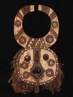 www.africaandbeyond.com. Winiama Hippo Mask - Burkina Faso, West Africa