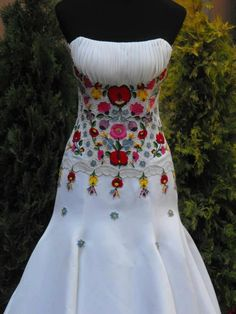 Elegant Of Mexican Embroidered Wedding Dress hungarian wedding dress i love this one pinteres 720 X 960 pixels Quinceanera Dresses, Prom Dresses, Summer Dresses, Wedding Dresses, Quinceanera Decorations, Hungarian Embroidery, Mexican Embroidery, Ethno Style, Wedding Dress Gallery
