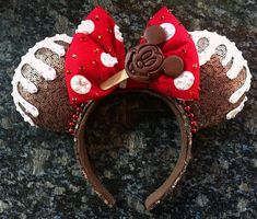 Mickey Ice Cream Mouse Ears - The Trend Disney Cartoon 2019 Disney Minnie Mouse Ears, Diy Disney Ears, Disney Bows, Disney Diy, Disney Crafts, Disney Outfits, Mickey Ears Diy, Disneyland Outfits, Disney Fashion