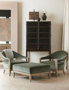 For more than 100 years, Hickory Chair has hand-crafted fine quality upholstery and casegoods from its North Carolina workroom. Furniture Market, New Furniture, Furniture Design, High Point Furniture, Hickory Chair, Booth Design, Elle Decor, Room Set, Furniture Collection