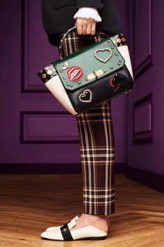 See detail photos for Bally Fall 2017 Ready-to-Wear collection.