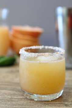 spicy honey + grapefruit margarita – the whole (craft)cocktail