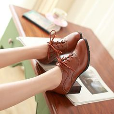 Fashion Casual Hot New Womens Lace Up Wing Tip Pumps Oxfords Brogue Brogue Shoes