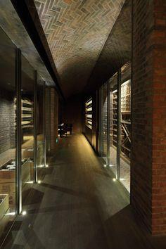 The Cellar / Chiasmus Partners #taninotanino #vinosmaximum