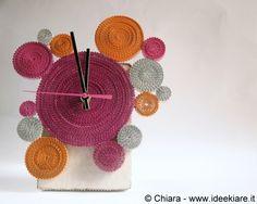 """Ideekiare: L'orologio da tavolo """"Ingranaggi"""", fatto con il cartoncino ondulato"""