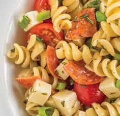 Ingredients: 1 1 c. uncooked rotelle pasta 2 c. halved cherry tomatoes 1 c. sliced green onions 1 oz) block mozzarella cheese, cut into 1 cu Weight Watchers Sides, Weight Watchers Pasta, Weight Watchers Lunches, Weight Watcher Dinners, Pizza Pasta Salads, Pasta Salad Recipes, Pasta Dishes, Ww Recipes, Seafood Recipes