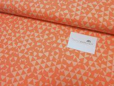 Free Spirit // Distrikt //Dreiecke orange von Textilwerkstatt //Christiane Colsman Textildesign  auf DaWanda.com