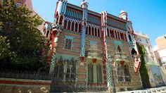 Em breve, mais um museu em Barcelona, a Casa Vicens a primeira casa projetada pelo famoso arquiteto Antoni Gaudí, ela está em reforma e em 2017 será aberta ao público. #TurMundial #Espanha #Barcelona #CasaVicens #Museu #AntoniGaudi #Gaudi  http://www.turmundial.com/2016/11/casa-vicens-um-projeto-de-gaudi-que.html