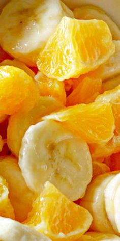 Simple Banana and Orange Salad (fruit salad) salad salad salad recipes grillen rezepte zum grillen Greek Recipes, Fruit Recipes, Salad Recipes, Cooking Recipes, Recipies, Banana Salad, Banana Fruit, Healthy Snacks, Healthy Recipes