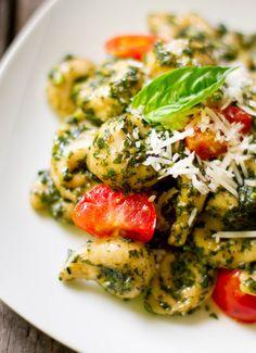 Homemade Pesto Tortellini for mom.me | Rikki Snyder Photography | Food