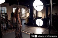 926 отметок «Нравится», 2 комментариев — ISO 1200 BTS (@iso1200magazine) в Instagram: «Behind the scenes by @ziavey.photography»