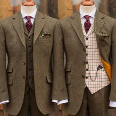 Matching or contrasting waistcoat? Make your choice!