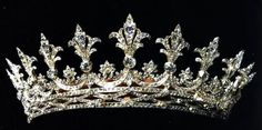 The Hessian Grand Ducal Tiara: worn by Alexandra Feodorovna's mother Grand Duchess Alice, and her sister-in-laws Grand Duchess Victoria Melita (Ducky) and Grand Duchess Eleanor (Ernie's second wife).