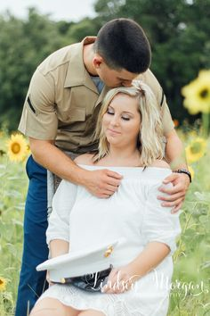 Red, White, Blue and Sunflower Engagement  | Cherish and Jacob  Engagement, Engagement Photography