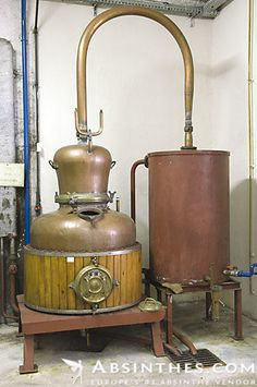 The little copper still where absinthe recipes are tested in.