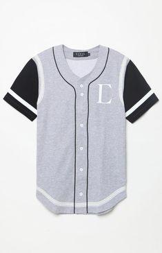 #BaseballCagesNearMe #HistoryOfBaseball Baseball Jersey Outfit, Baseball Jerseys, Baseball Games, Baseball Scoreboard, Estilo Dark, Baseball Fashion, Cool Outfits, Casual Outfits, Base Ball
