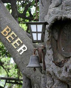 Fairy tales for adults! Grab a drink *inside* a tree at his South African Tree-bar nestled inside a hollow boabab tree. Africa Destinations, Holiday Destinations, Tree Bar, African Tree, Visit South Africa, Baobab Tree, Giant Tree, Practical Gifts, Travel Planner