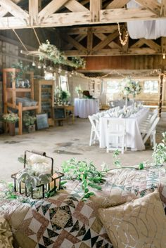 Gorgeous rustic barn decor: http://www.stylemepretty.com/little-black-book-blog/2015/08/24/historic-and-intimate-new-jersey-barn-wedding/ | Photography: Rachel Pearlman - http://www.rachelpearlmanphotography.com/#!/home