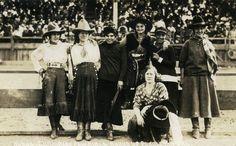 Pendleton Cowgirls