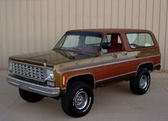 Learn more about Moss Gold Honey: Restored 1975 Chevrolet Blazer on Bring a Trailer, the home of the best vintage and classic cars online. Chevrolet Blazer, Chevrolet Tahoe, Chevrolet Trucks, Old Pickup Trucks, Gm Trucks, Cool Trucks, Lifted Trucks, General Motors, K5 Blazer