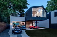 This Austin Home Was Designed to Showcase a Vintage Car Collection - Dwell