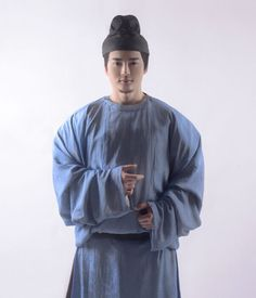 Tang dynasty style Mens clothing around 8 A.D.