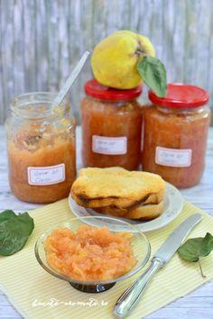 Rețete cu gutui - 10 rețete deosebite, dulci și sărate | Bucate Aromate Preserves, Cornbread, Pickles, Cantaloupe, Bubbles, Natural, Chicken, Fruit, Ethnic Recipes