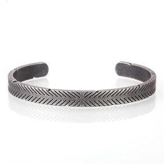 Gold Bangle Bracelet, Metal Bracelets, Gold Bangles, Bracelets For Men, Fashion Bracelets, Jewelry Bracelets, Fashion Jewelry, Viking Arm Rings, Silver Highlights