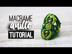 Are you considering hand crafted DIY jewelry? Have you contemplated figuring out how to produce these designs yourself? Learn the different methods essential to design rings, necklaces and more for yourself and to share if you want. Macrame Jewelry Tutorial, Macrame Rings, Macrame Necklace, Macrame Knots, Macrame Bracelets, Wire Earrings, Wire Jewelry, Handmade Jewelry, Tutorial Anillo