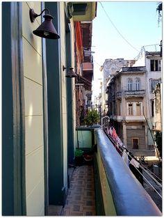 Balcón de la vivienda. Colonial, Home, Havana, Balconies