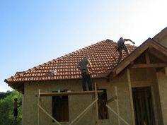 Montaj acoperis casa din panouri prefabricate tip sandwich Case, Pergola, Outdoor Structures, Outdoor Pergola