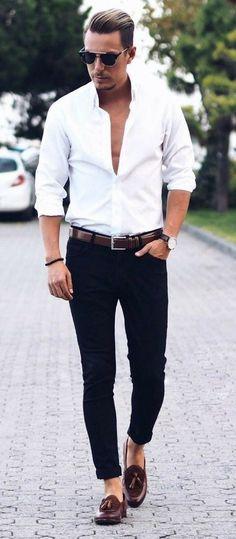 Variedade e bom gosto, para realçar sua personalidade. Opções variadas de pulseiras masculinas você encontra em nosso site. Confira as Novidades!!!