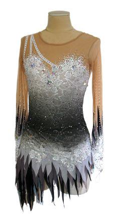 vestito per il pattinaggio ice skating dress www.paintyourdreams.it