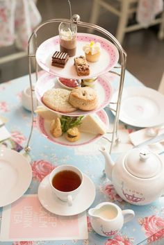 English Afternoon Tea | Rue
