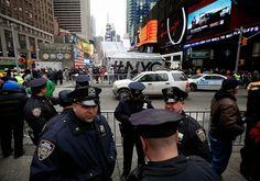 DE LA ZANJA : Extreman las medidas de seguridad en Times Square